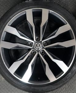 vw up hub caps