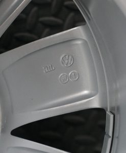 vw polo wheel size