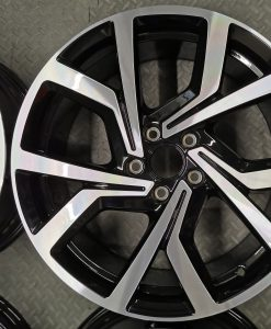 vw polo syenit alloys