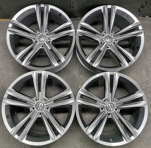 18 inch pretoria wheels black